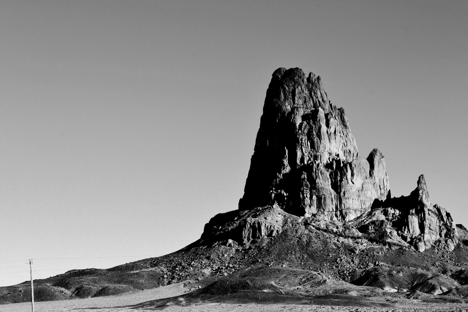 Black and White Mountain Wallpapers  wallpaperaccesscom