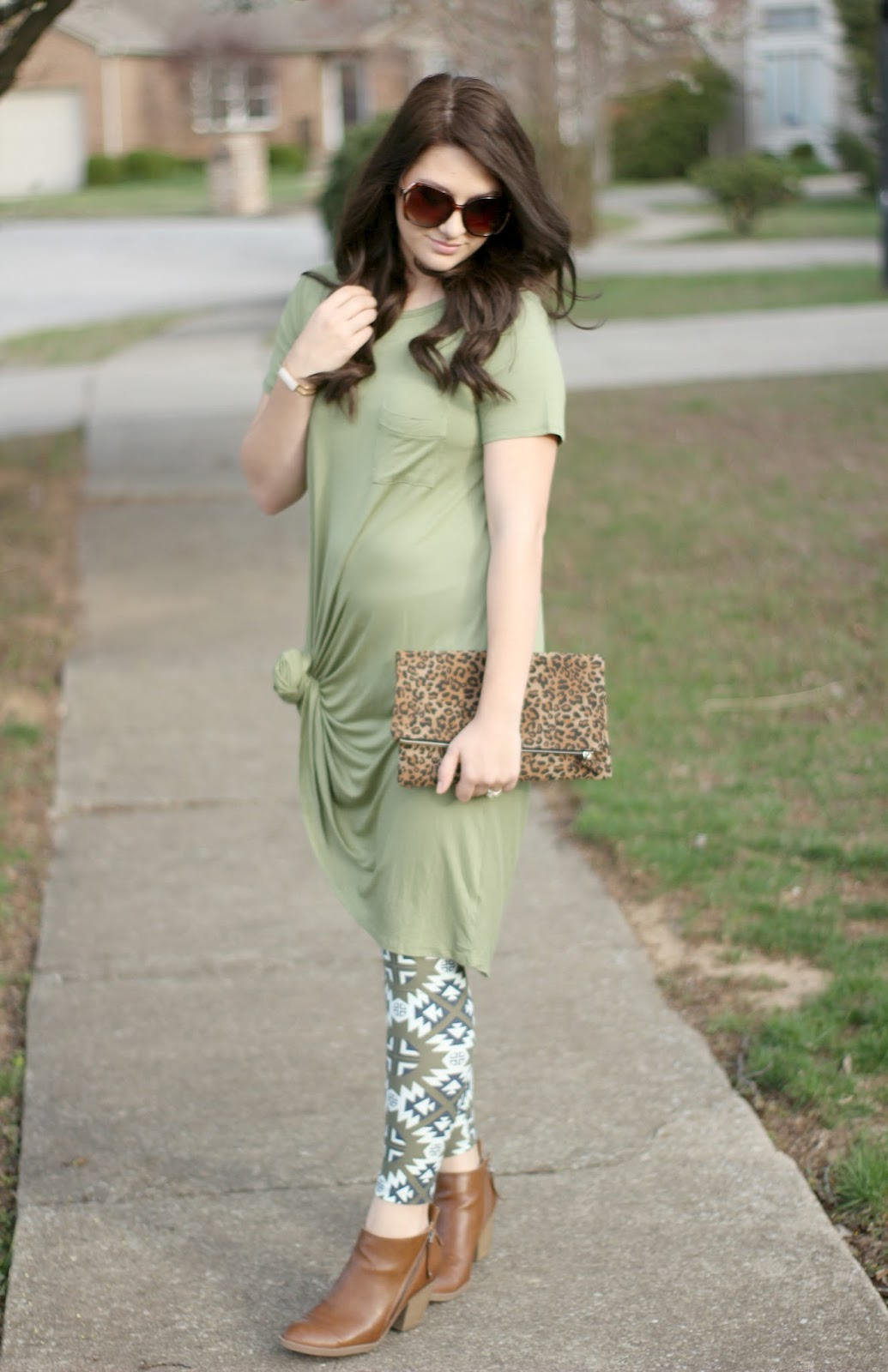 How to Wear a Lularoe Carly Dress: 2 Ways! + GIVEAWAY! - Like Honey