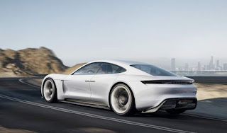 2018 Porsche Panamera Coupé Intérieur, Prix, Date de Sortie et Rumeurs Hybrides