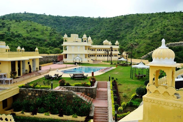 Labhgarh Resort - Udaipur - Summer Package, Udaipur Hotel Package, Hotels in Udaipur