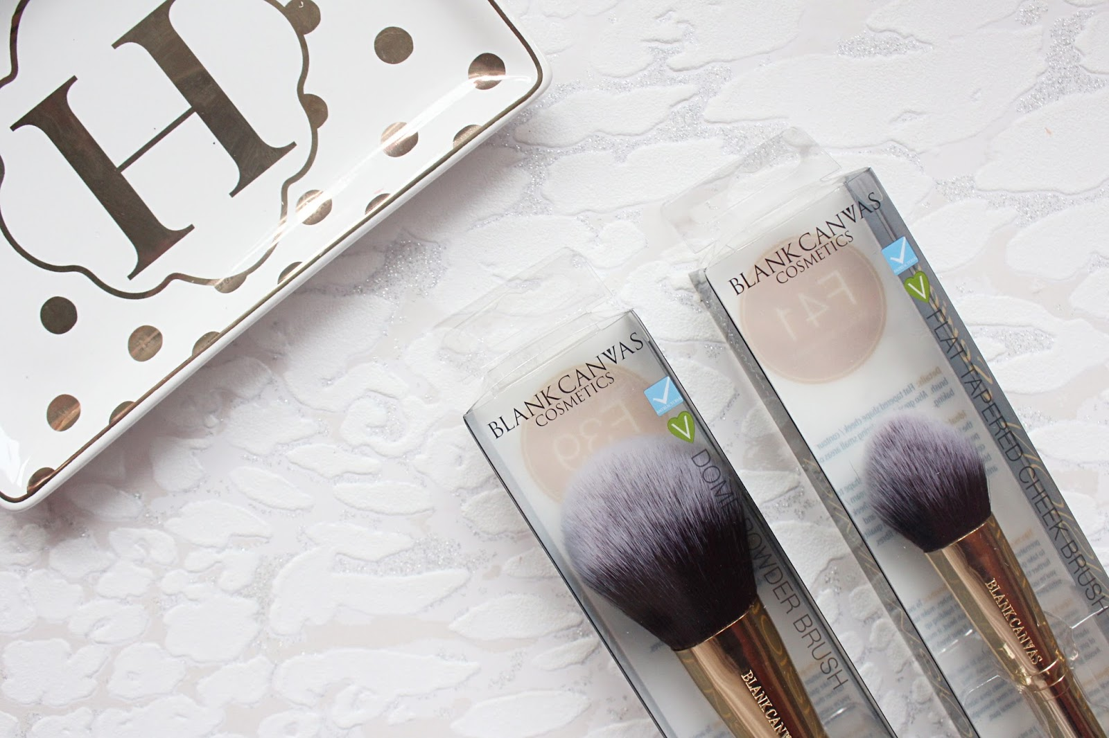 Blank Canvas Metallic Gold Brushes