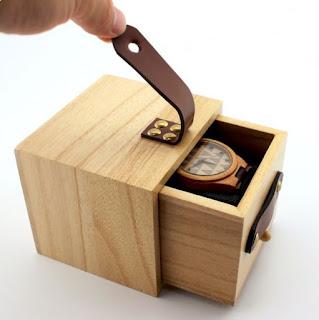 Kotak Jam Tangan Mewah