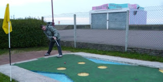 Photo of Richard Gottfried playing the Arnold Palmer Minigolf course in Southend-on-Sea