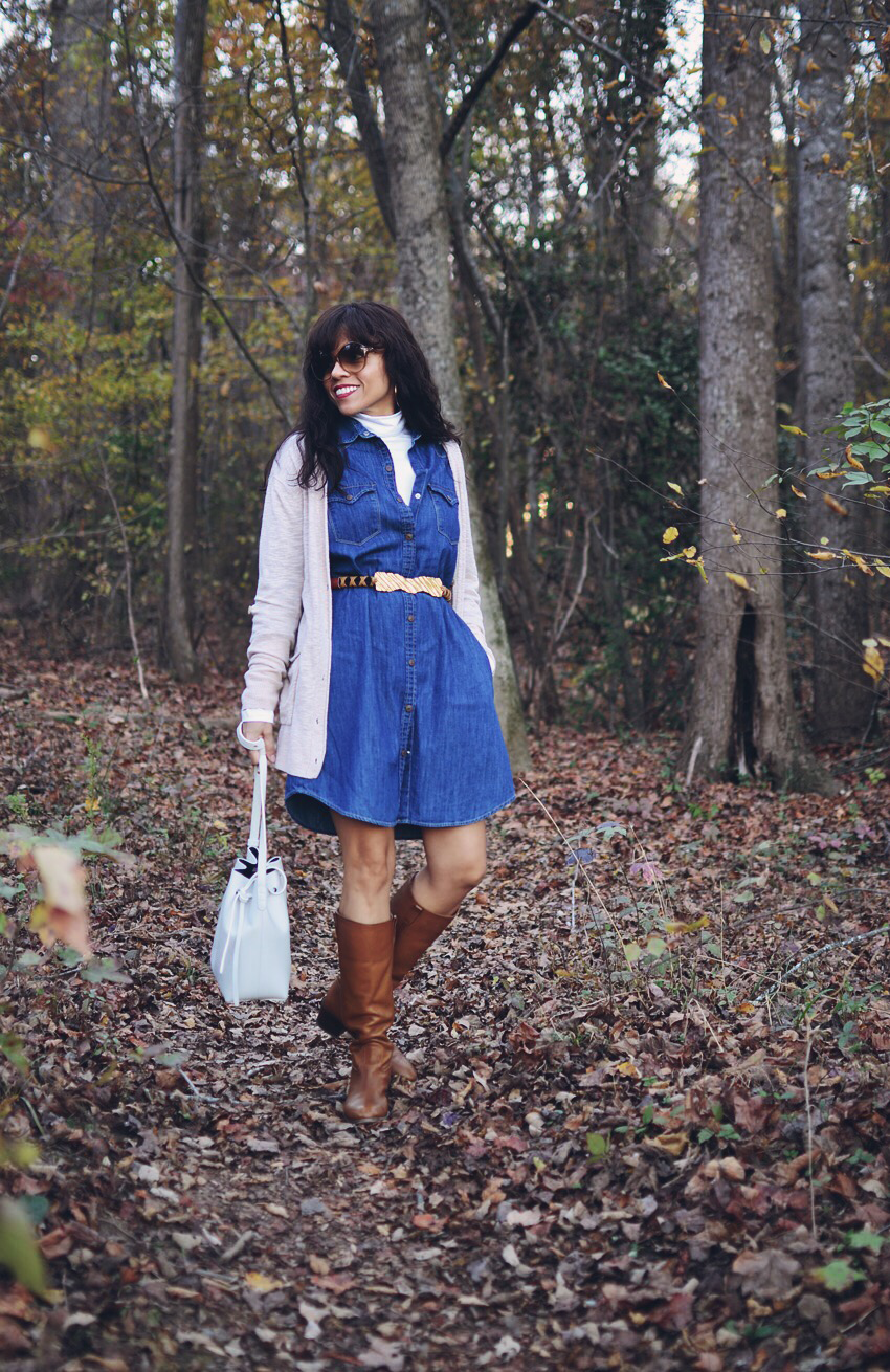 Outfit with denim dress and boots