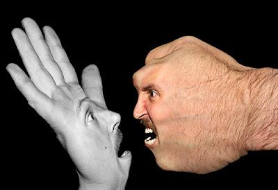 Manipulación o fotomontaje  fotográfico de manos
