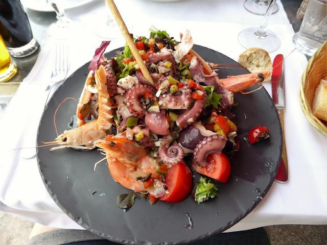 Cannes, plato de marisco