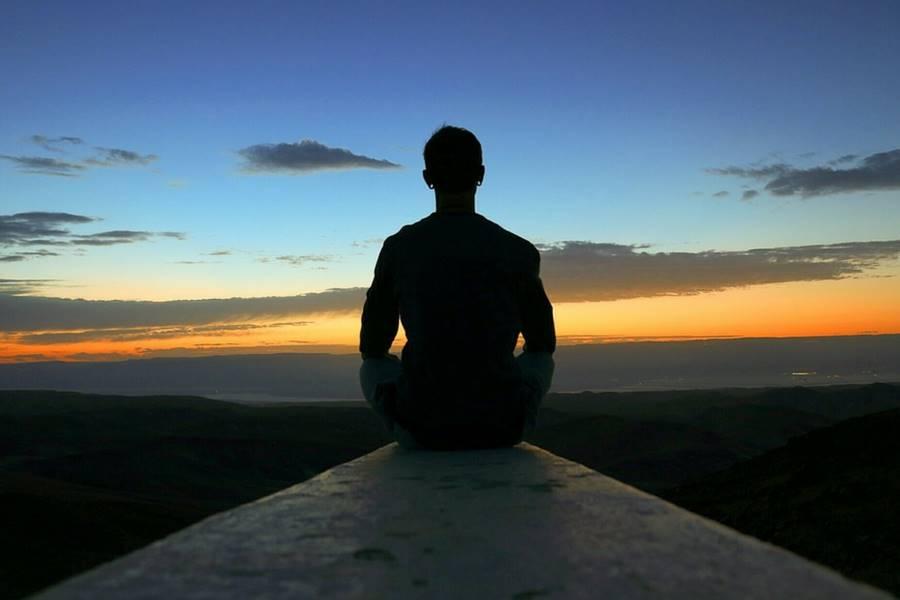 Meditación o relajación antes de dormir