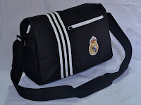 Jual Tas selempang Laptop Real Madrid