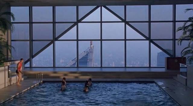 Бассейн в отеле Park Hyatt Tokyo