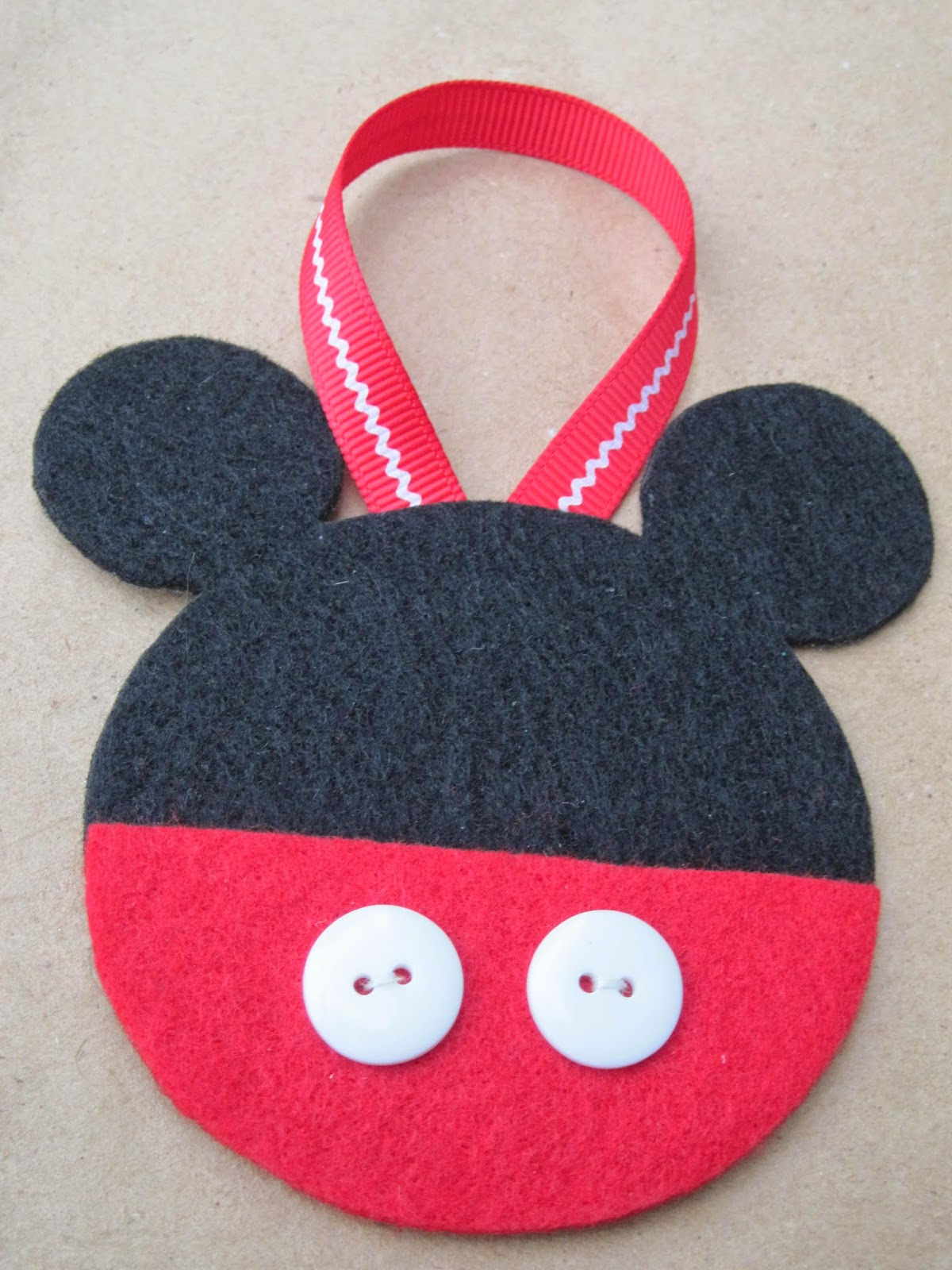 diy mickey mouse string ornament family disney - Homemade Mickey Mouse Christmas Decorations