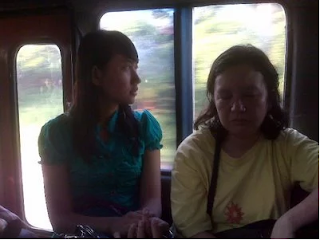 6 Tipe Orang yang Ngajak Kenalan di Angkot