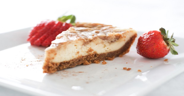 Cinnamon Roll Cheesecake Triangles Recipe