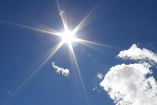Domingo con ambiente calido y bajo potencial de lluvias