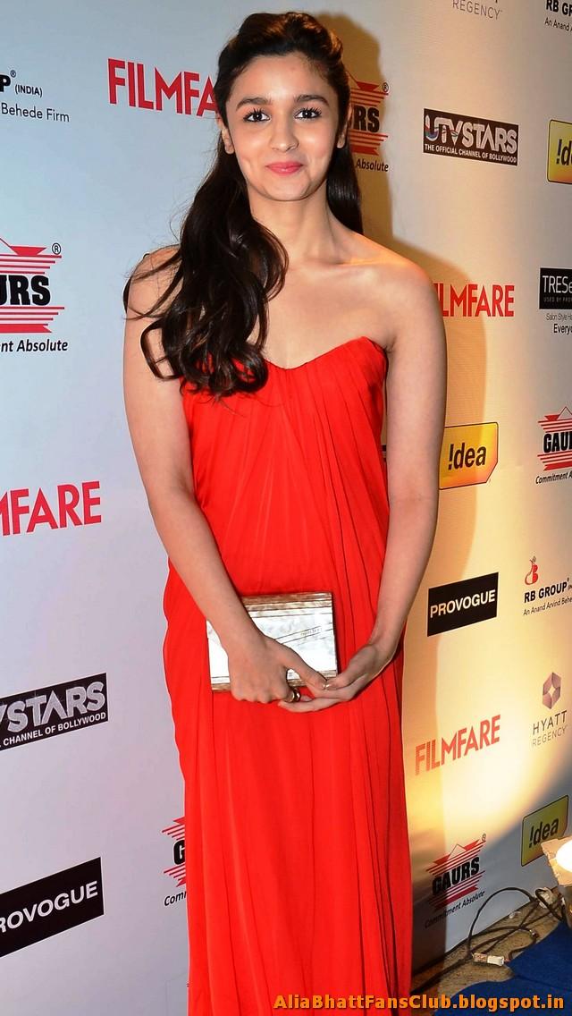 Alia Bhatt Latest Hot Pics