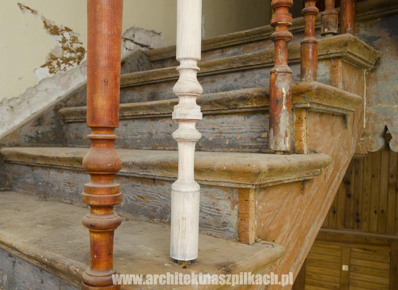 oczyszczanie schodów na klatce schodowej