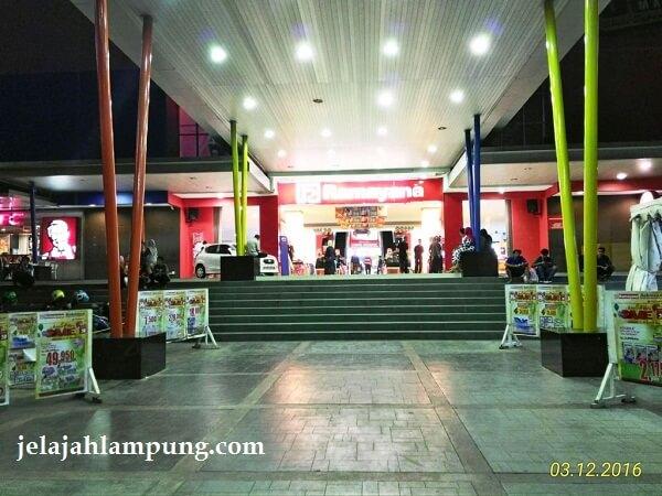 tempat nongkrong di lampung mall lampung