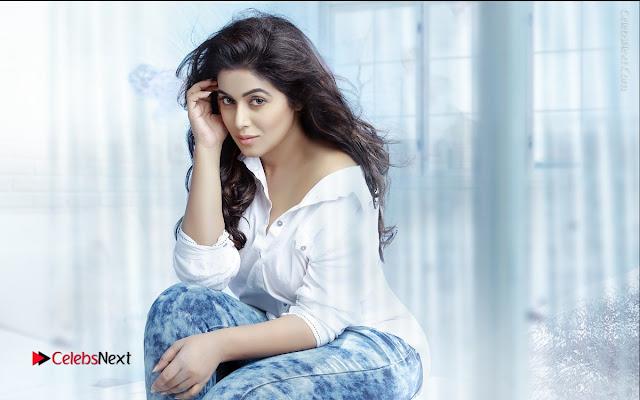 Actress Poorna Latest PoShoot Gallery  0013.JPG