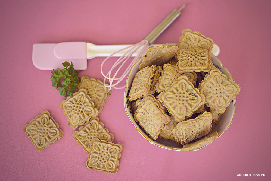 Rezept: Frischkäse-Petersilien Kekse für Hunde
