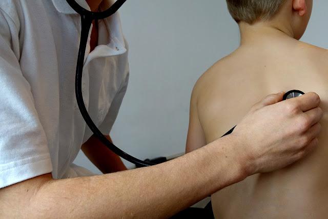 Com que frequência devemos ir ao médico?