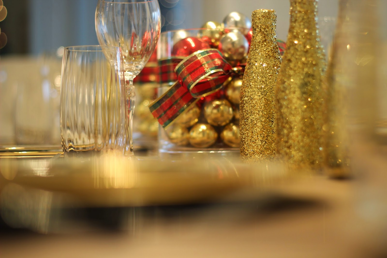 Christmas Table Setting Lenox Alina Smith