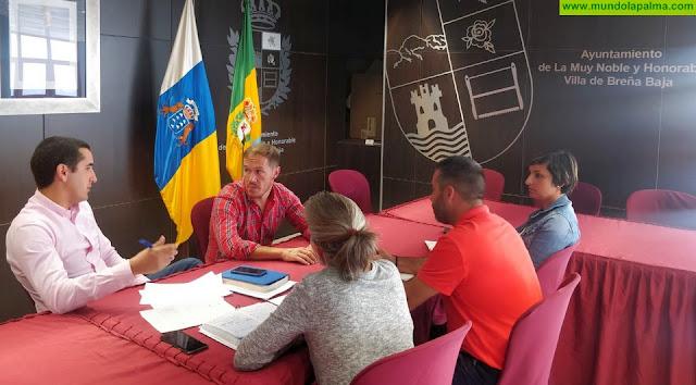 Mariano H. Zapata visita el Ayuntamiento de Breña Baja para analizar las prioridades para el municipio