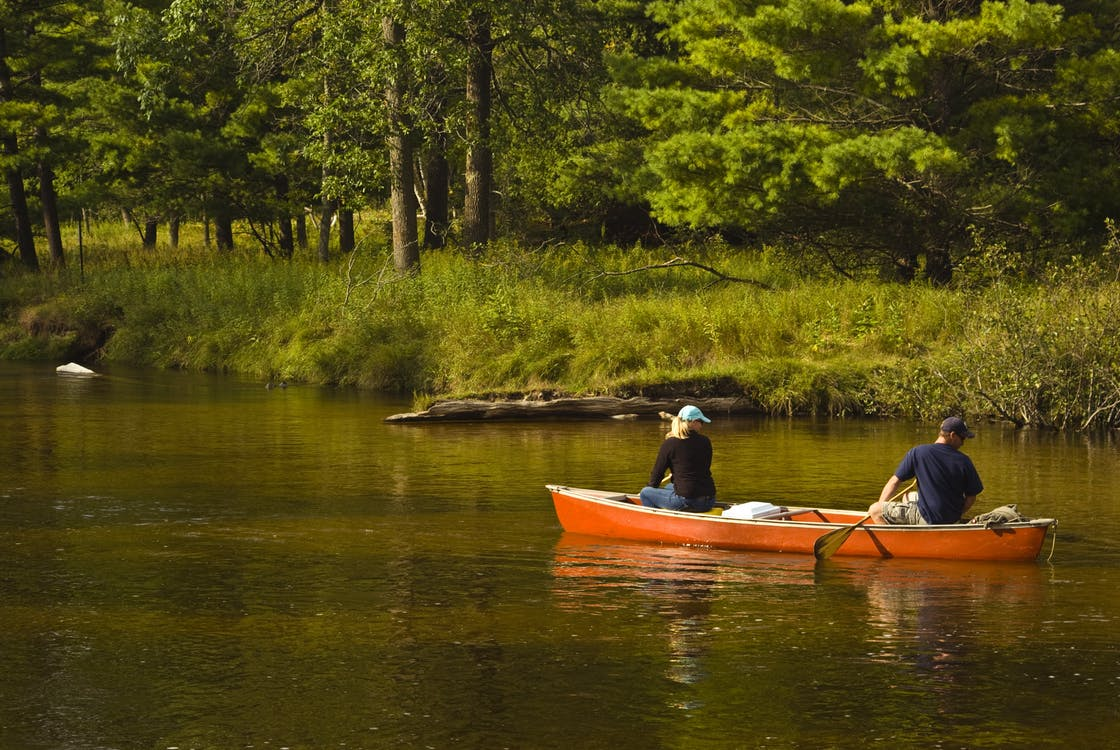 Eau claire ford lincoln new ford lincoln dealership in eau claire lounging by the lake fishing biking exploring the gardens optional guided fishing and golfing at the nearby course you can also indulge yourself solutioingenieria Choice Image