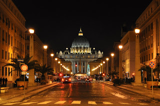 The Via della Conciliazione at night