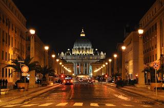 The Via della Conciliazione at night