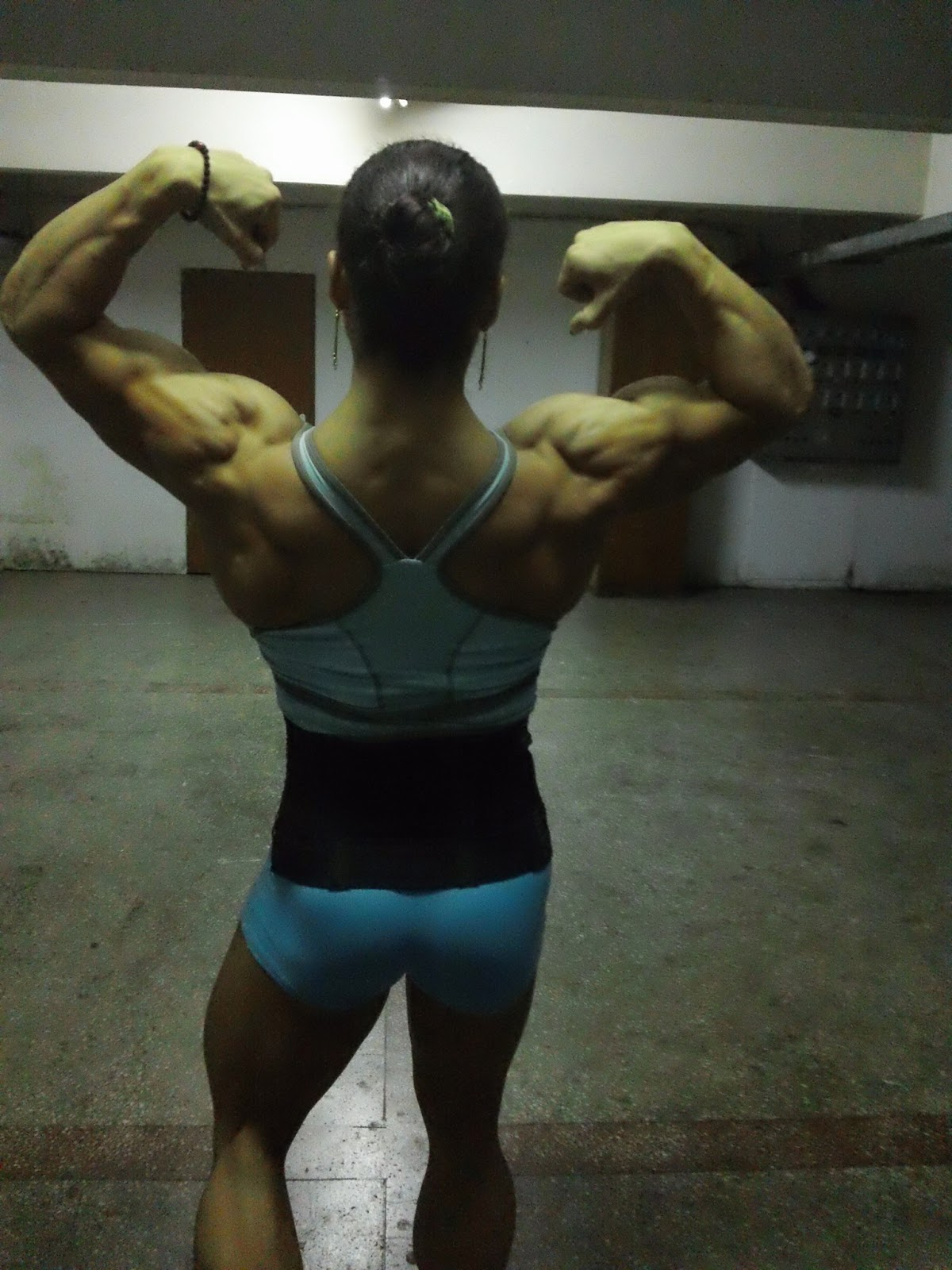 Female Bodybuilding Huge Range Of Female Bodybuilder-3274
