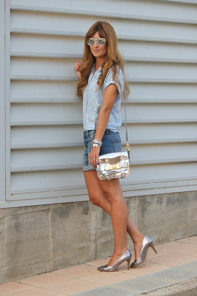 casual-look-denim-shorts-shorts-vaqueros