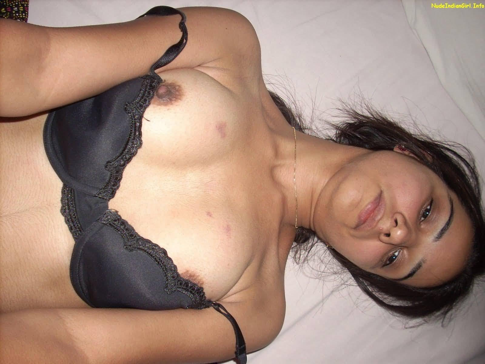 South Indian Tamil bhabhi nude boobs desi masala