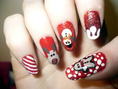 Christmas nail decoration original and easy to make
