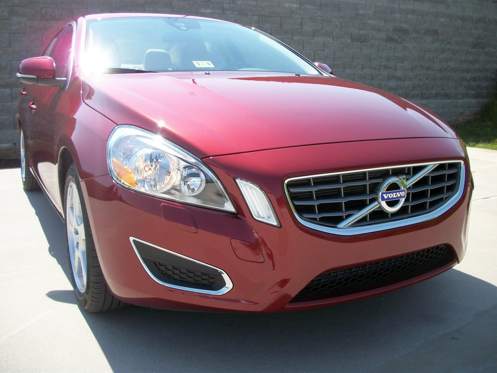 2012 volvo s60 t5 flamenco red metallic i take pictures of cars. Black Bedroom Furniture Sets. Home Design Ideas