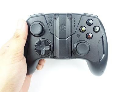 [開箱] CONTOUR iOS專用藍芽無線手遊電競手把 射擊遊戲還是要用搖桿比較好玩 DSC00433