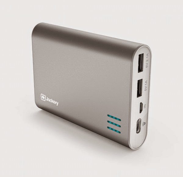 3. Jackery Giant Portable External Battery Charger