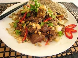 Cách làm món thịt bò cuốn nấm kim châm