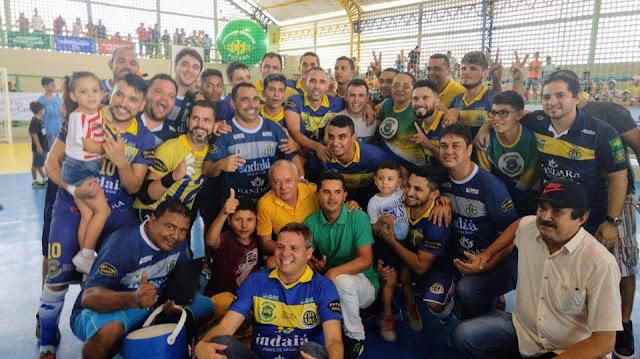 Emoção, raça e o Horizonte é campeão brasileiro de futsal.