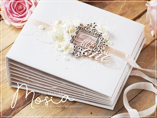 Album ślubny z różami / A wedding album with roses