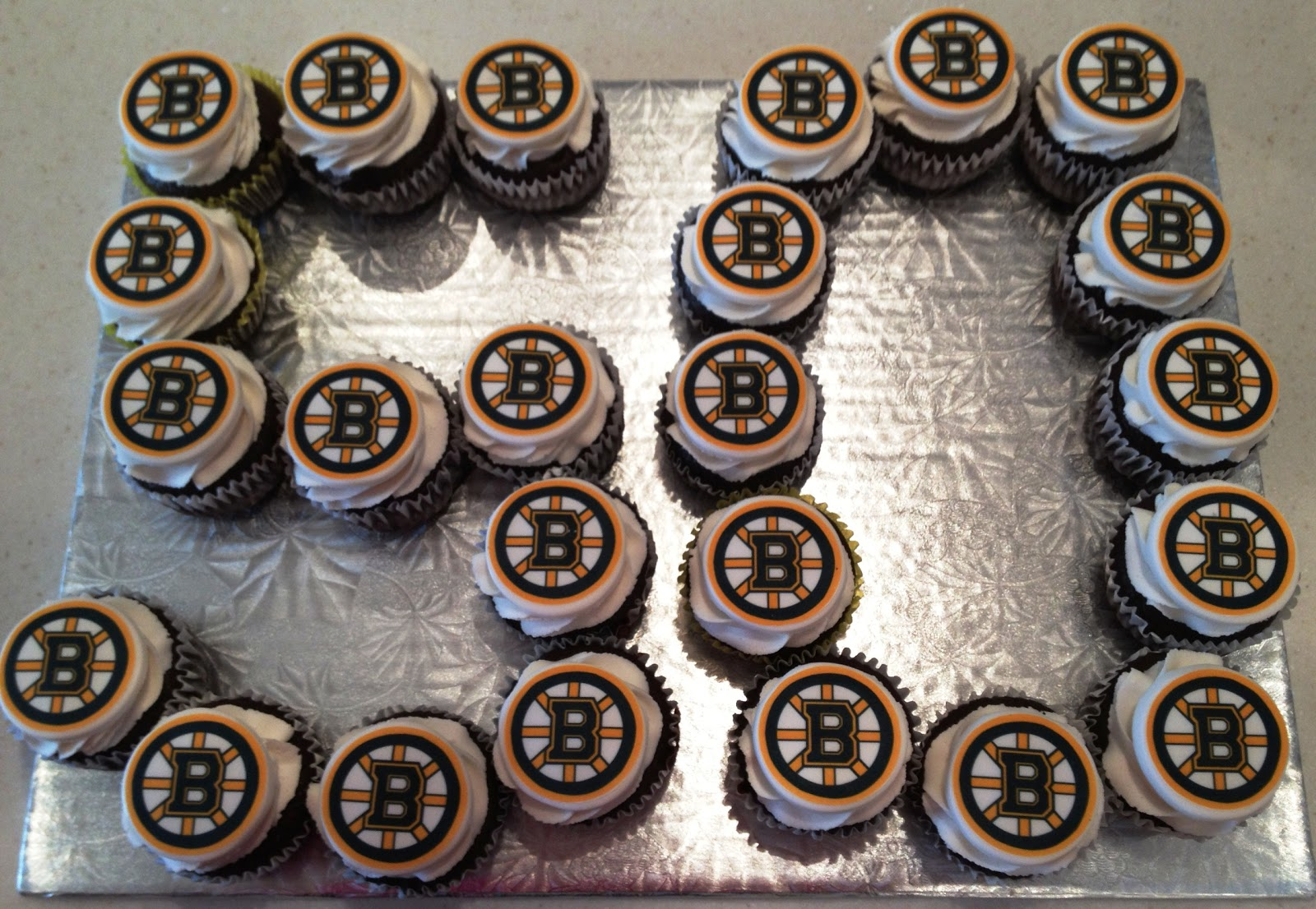 Marymel Cakes Boston Fan Turns 50