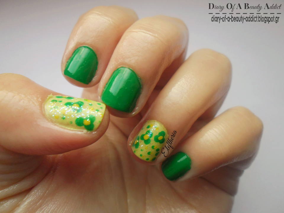 Spring Green with Flowers Nails ▎Simply Nails