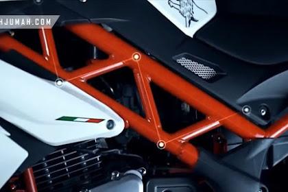 Benelli TNT 15 tahun 2017 – Naked sport 150cc