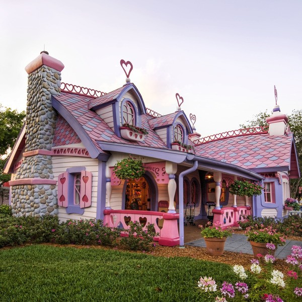 Most Unusual Houses Gingerbread House. Orlando. Florida. The USA