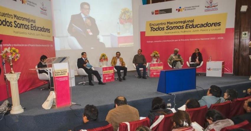 HUANCAVELICA: Encuentro Macrorregional «Todos Somos Educadores» CNE - www.cne.gob.pe
