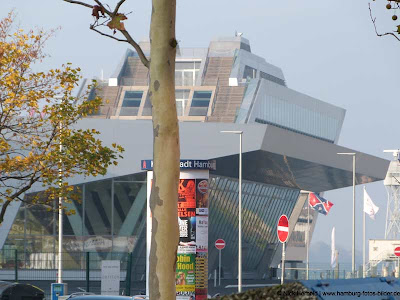 Hamburg Cruise Center und Dockland