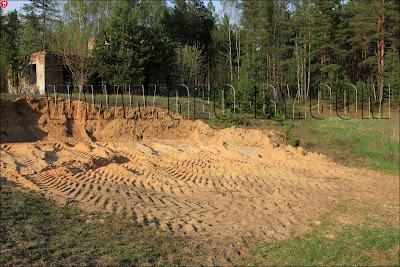 Новоколосово, 25 арсенал. Карьер для забора песка на бывшем полигоне
