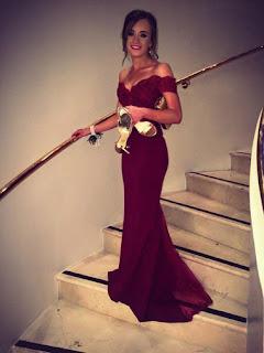 http://www.chrisdress.co.uk/2017-aline-empire-floorlength-chiffon-burgundy-prom-dresses-p-149145.html