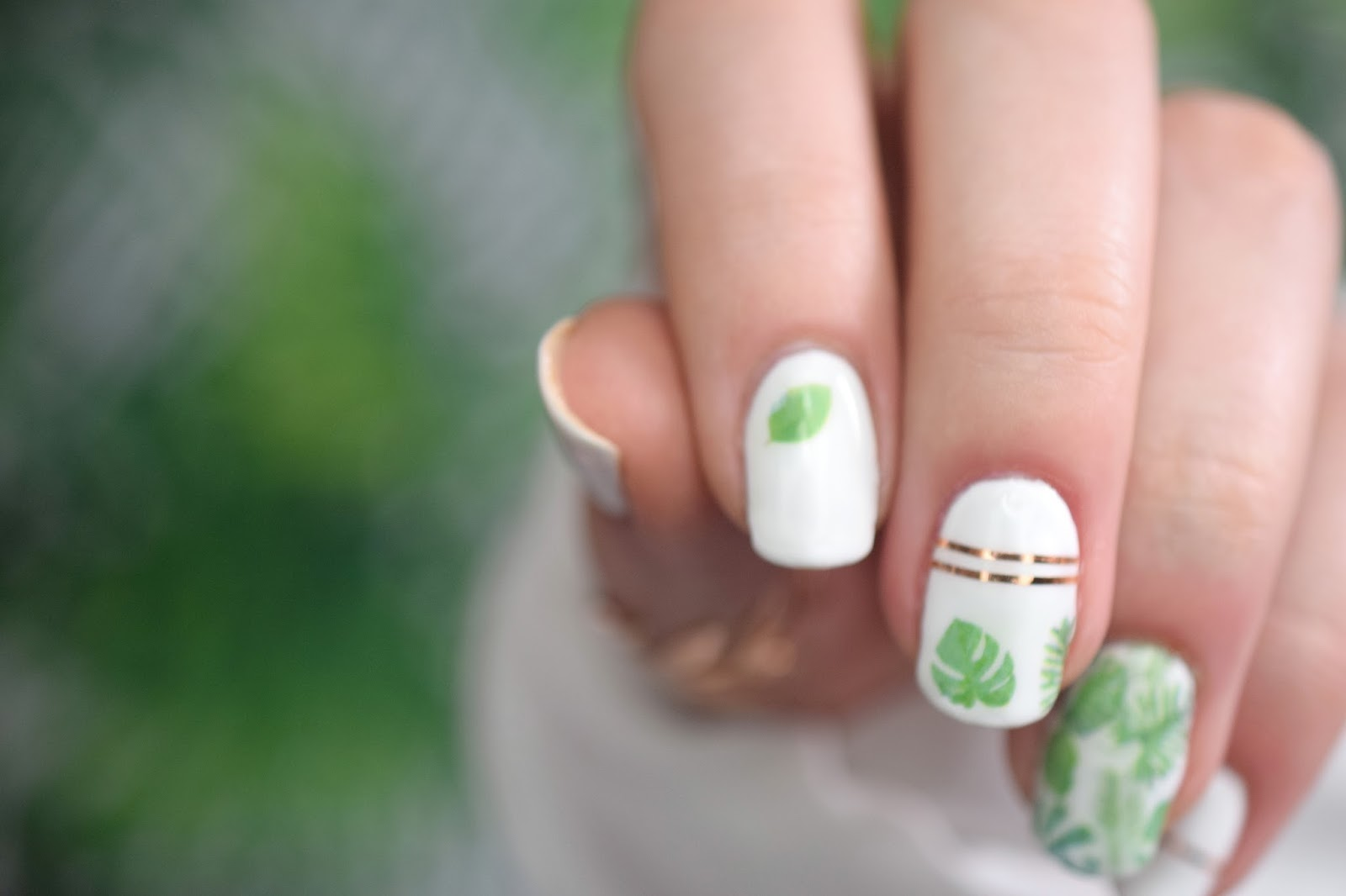 leaves nails