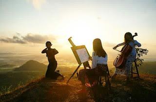 puncak moyeng pagi hari, sunrise di puncak moyeng kulonprogo