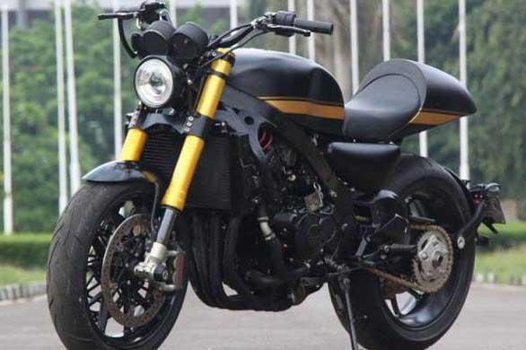 Modifikasi Motor Honda CBR600 Elegan dengan Gaya Klasiknya