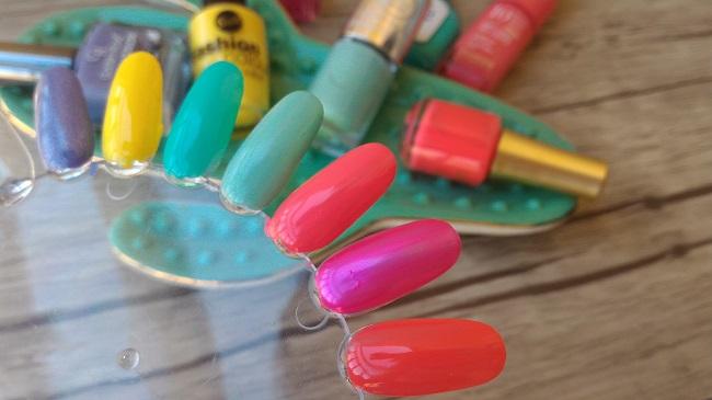 Swatches de esmaltes para lucir en tus uñas en verano